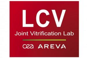 CEA-LCV_logo_quadri-sur-fond-rouge